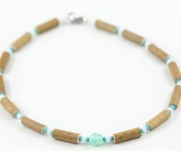 collier noisetier pendentif turquoise blanc complet