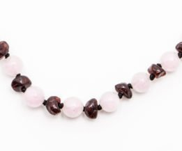 gemstones tender rose quartz 1